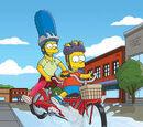 Marge Mimando o Filho