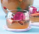 Erdbeer-Rhabarber-Bowle