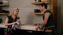 704 Майк и Эмили на кухне.png
