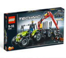 8049 Tractor with Log Loader