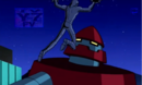 Kevin apunto de golpear al Robot Rojo.PNG