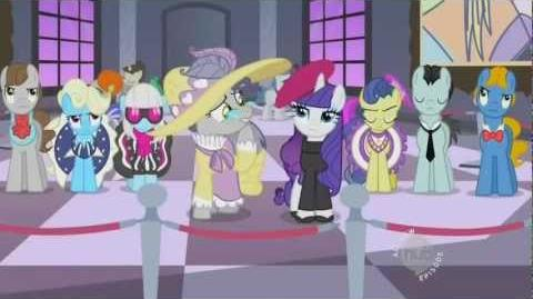 Becoming Popular (The pony everypony should know)