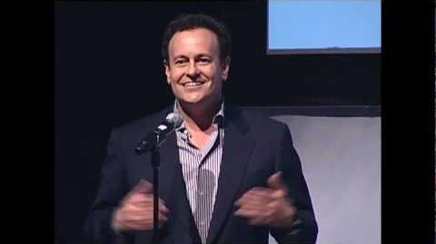 Mitch Hurwitz talks about the progression of Arrested Development for Netflix (2012 NAB Show)