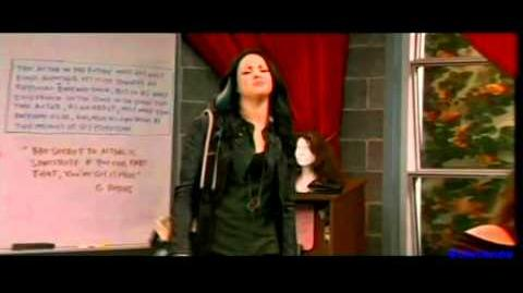 """(HQ) Victorious - """"Tori Gets Stuck"""" Official Promo"""