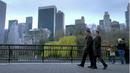 1x01 - Pilot 16.png