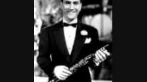"""Comes Love"" Artie Shaw and Helen Forrest"