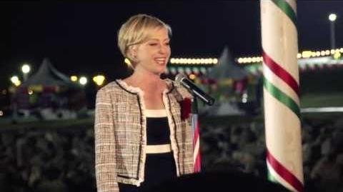Videos of Lindsay Bluth Fünke