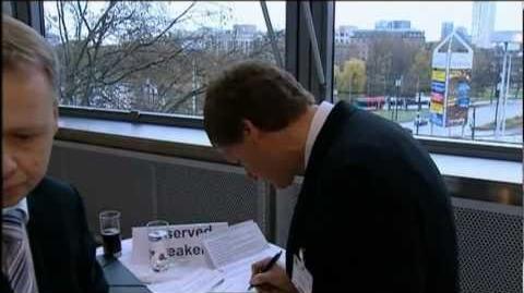 AWD, Carsten Maschmeyer und die Machenschaften der Politik - ARD Exclusiv (12.01.2011)