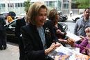 2011 New Yorker Festival - Autographs Jessica Walter.jpg