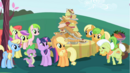 180px-Twilight Sparkle meeting the Apple family S01E01.png