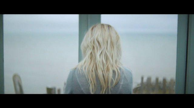 Ellie Goulding 'How Long Will I Love You'
