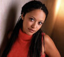Gia Campbell (Marisa Ramirez)