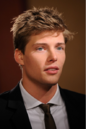 Hunter Parrish (3).png