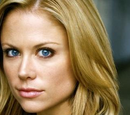 Nadine Crowell (Claire Coffee)