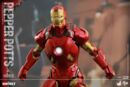 Iron Man Mark IX and Pepper Hot Toys 09.jpg