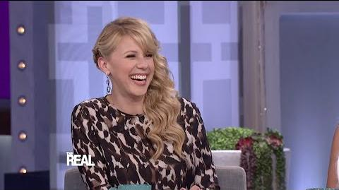 Jodie Sweetin Dishes on 'Fuller House'