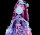 Boneca Básica-Kiyomi Haunterly