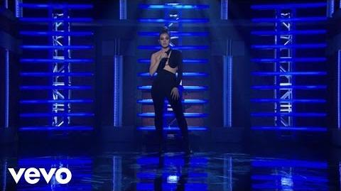 Hailee Steinfeld, Grey - Starving (Live From Late Night With Seth Meyers) ft. Zedd