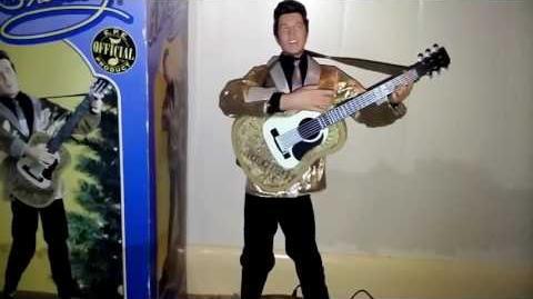 Gemmy Animated Christmas Elvis Presley (Blue Christmas)-0