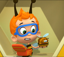 Apple juice and a bees-burger