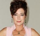 Diane Miller (Carolyn Hennesy)