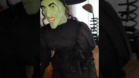 Gemmy Life Size Sitting Wicked Witch (RARE)