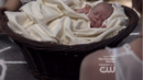 Résumé-de-l'épisode-22-saison-1-From-a-Cradle-to-a-Grave-Hope.png