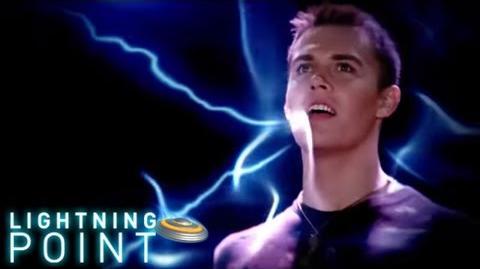 Lightning Point Alien Surfgirls S1 E20 Power Up