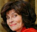Suzanne Stanwyck (Adrienne Barbeau)