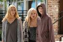 TG-Promo-1x03-eXodus-04-Caitlin-Lauren-Andy.jpg