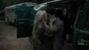 TG-Caps-1x07-eXtreme-measures-109-Lauren-Wes-kissing.png