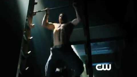 """Arrow 1x01 """"Pilot"""" Promo"""