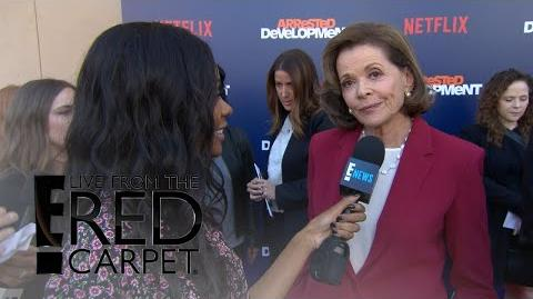 """""""Arrested Development"""" Stars Dish on Season 5 E! Live from the Red Carpet"""